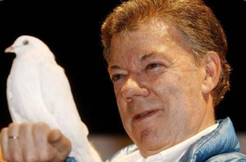 Article : Juan Manuel Santos, un Nobel de la Paix qui aura joué à «Qui perd Gagne» jusqu'au bout